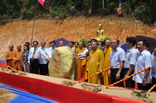 Tổ chức trọng thể Lễ đặt đá xây dựng Khu văn hóa tâm linh Tây Yên Tử